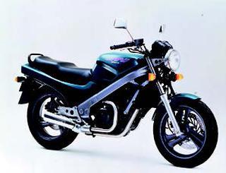ホンダ NTV650 1994 年