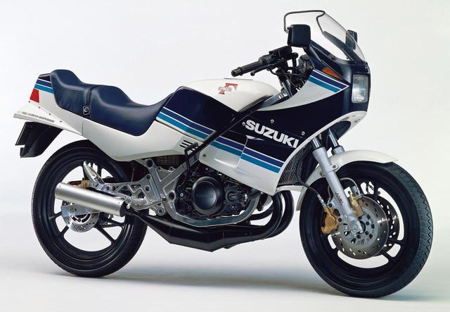 画像: SUZUKI「RG250Γ」<GJ21A> 栄光のガンマ伝説 Part.1「レーサーレプリカブームの真髄」 -1983年〜-【心に残る日本のバイク遺産】2サイクル250cc史 編 - webオートバイ