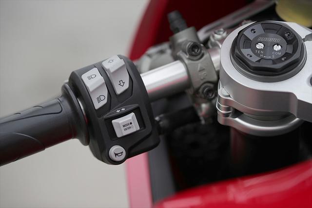 画像11: 【動画あり】DUCATI Panigale V2「トップたる所以。V2に込めた熱量を識る」 (松井勉)♯Web Mr.Bikeインプレッション