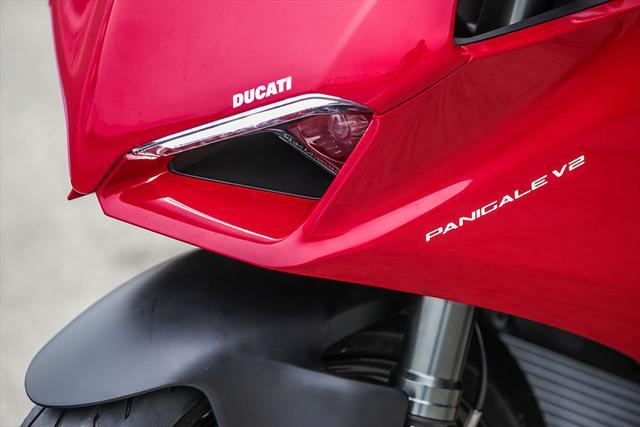 画像5: 【動画あり】DUCATI Panigale V2「トップたる所以。V2に込めた熱量を識る」 (松井勉)♯Web Mr.Bikeインプレッション