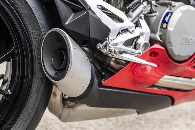 画像3: 【動画あり】DUCATI Panigale V2「トップたる所以。V2に込めた熱量を識る」 (松井勉)♯Web Mr.Bikeインプレッション
