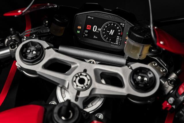 画像13: 【動画あり】DUCATI Panigale V2「トップたる所以。V2に込めた熱量を識る」 (松井勉)♯Web Mr.Bikeインプレッション