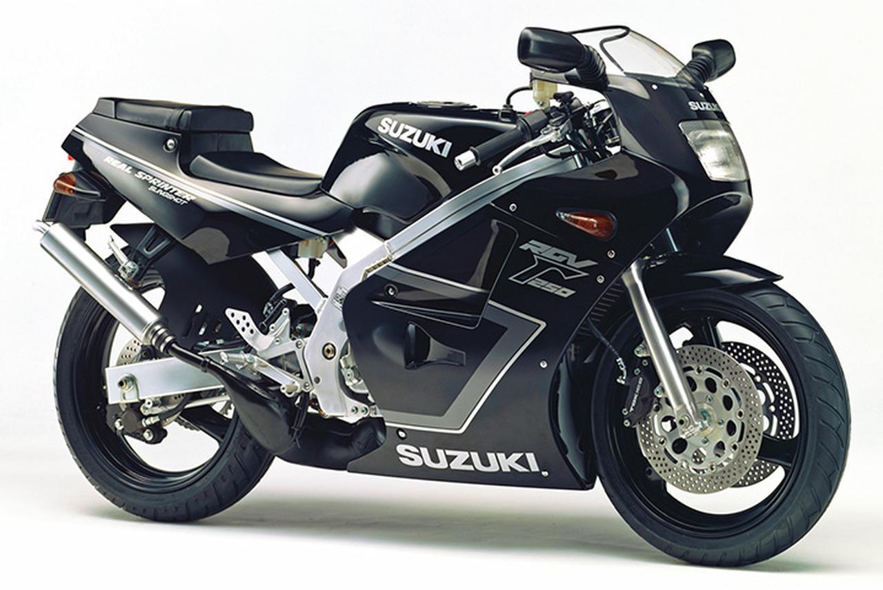 画像1: RGV250Γ(VJ21A)1988年3月1日発売 56万9000円(当時)