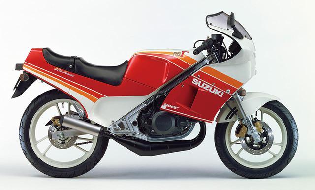 画像: RG250Γ(GJ21B)1985年3月26日発売 46万円(当時)