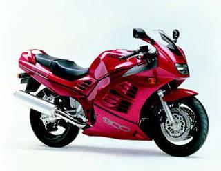 スズキ RF900R 1994 年 3月