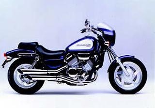 ホンダ マグナ/RS 1994 年 8月