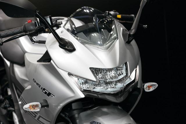 画像: 油冷250ccジクサー! スズキ「GIXXER SF250」と「GIXXER250」を詳解、各部&ライディングポジションもチェック! - webオートバイ