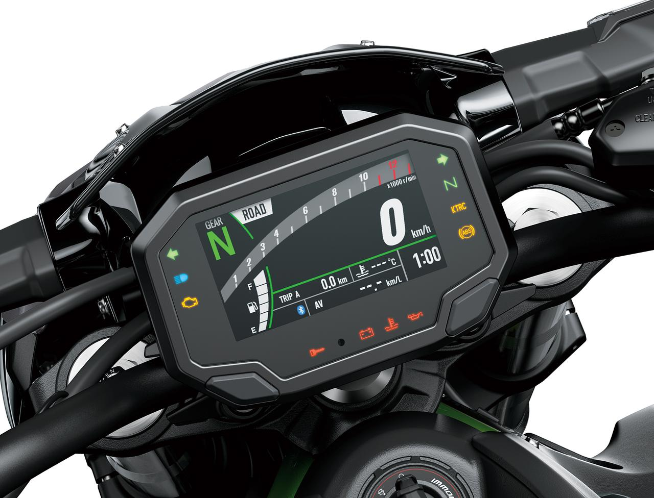 画像: 新型4.3インチフルデジタルTFTカラー液晶メーターを装備。新たに装備されたKTRC (Kawasaki Traction Control)やパワーモード・ライディングモードの選択も行なえます。 また、Bluetoothを内蔵し、スマホとの接続機能も新採用。