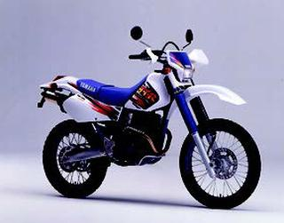 ヤマハ TT250R 1995 年 3月