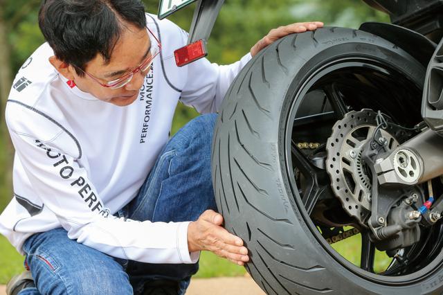 画像: テスト車はニンジャ1000。GTⅡには重量車用にカーカスを強化し、製品名末尾に(A)が付く仕様もあるが、ニンジャは装備重量230㎏台なので通常仕様をチョイス。 スポーツタイヤとは違って温度依存性が小さく、タイヤの暖まりや路面温度をさほど気にせず走り出せる。ツーリングユースでは絶対的なグリップよりも重要な性能だと思う。 価格:オープン