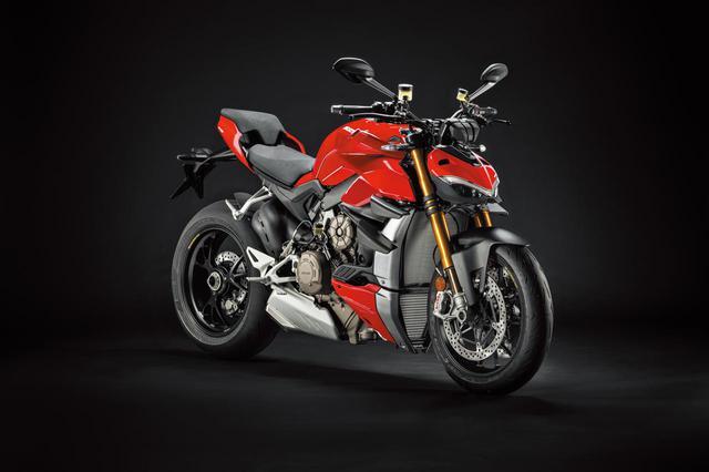 画像1: ドゥカティ「ストリートファイターV4/S」を解説! 史上最強、208PSを誇る究極のネイキッドスポーツバイク