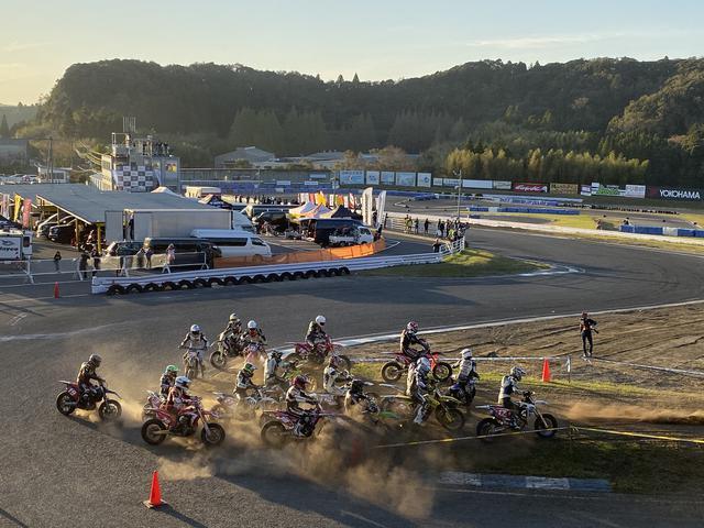 画像5: レースそれぞれのドラマティックな戦い。