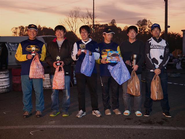 画像: JAGE・CUP第4戦、A級入賞者。左から1位・作田選手、2位・池田選手、3位・冨永選手、4位・早川選手、5位・矢嶋選手、6位・市村選手