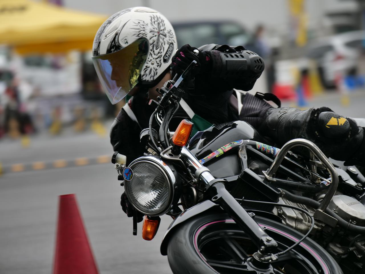 Images : 38番目の画像 - ジムカーナで活躍するホンダ「VTR」をもっと見る! - LAWRENCE - Motorcycle x Cars + α = Your Life.