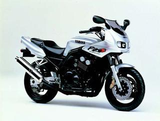ヤマハ FZ400 1997年 3月