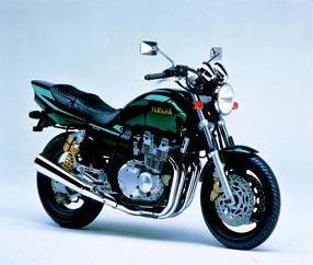 Images : ヤマハ XJR400R 1998 年 6月