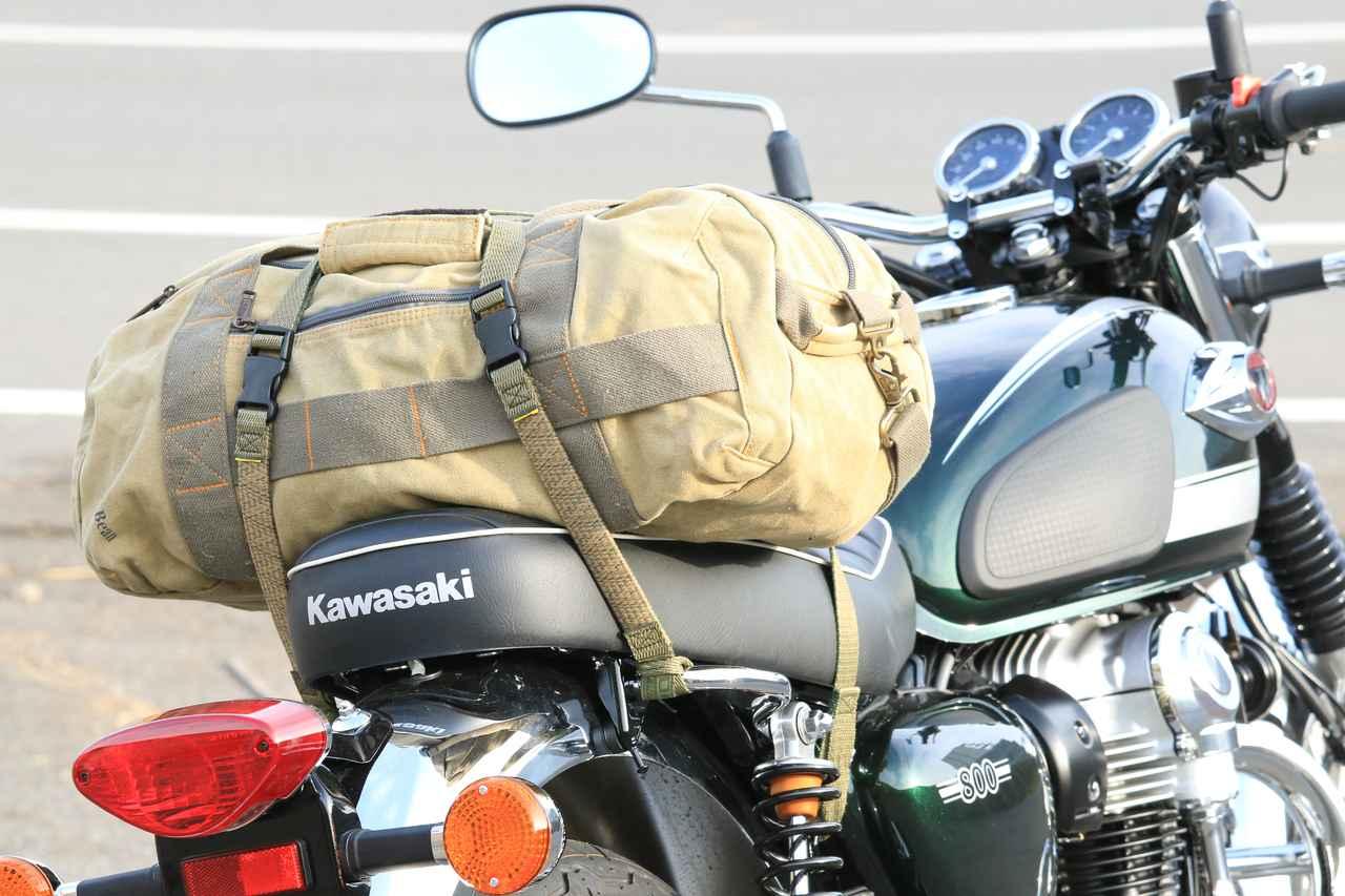 画像2: W800と帆布のバッグの相性の良さは異常!