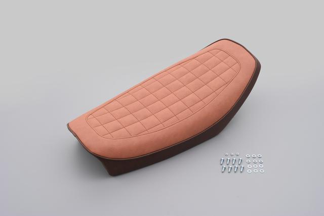 画像10: デイトナからヤマハ「SR400/500」向けのノスタルジックシートが登場、シート高を約25mmダウンできる!