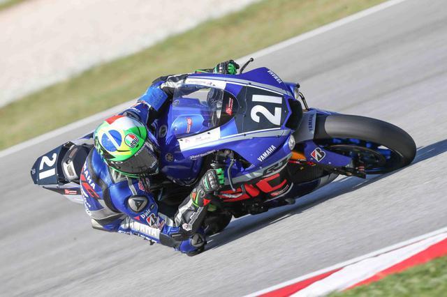 画像: MotoGPライダーの凄みを見せつけたモルビデリ 鈴鹿8耐にも来てくんないだろうか^^