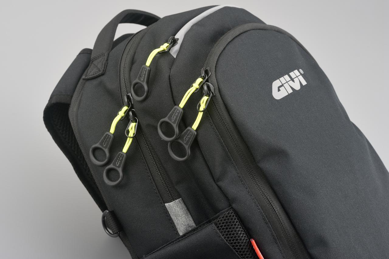 Images : 6番目の画像 - GIVI EA124 バックパックの写真をもっと見る - webオートバイ