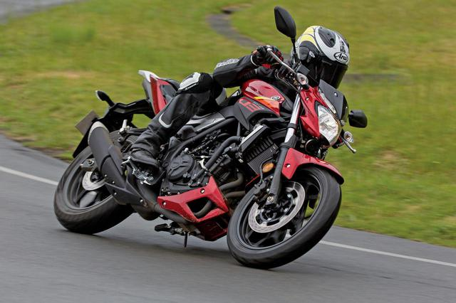 画像: ヤマハ「MT-25/MT-03」インプレ&解説(2016年) - webオートバイ