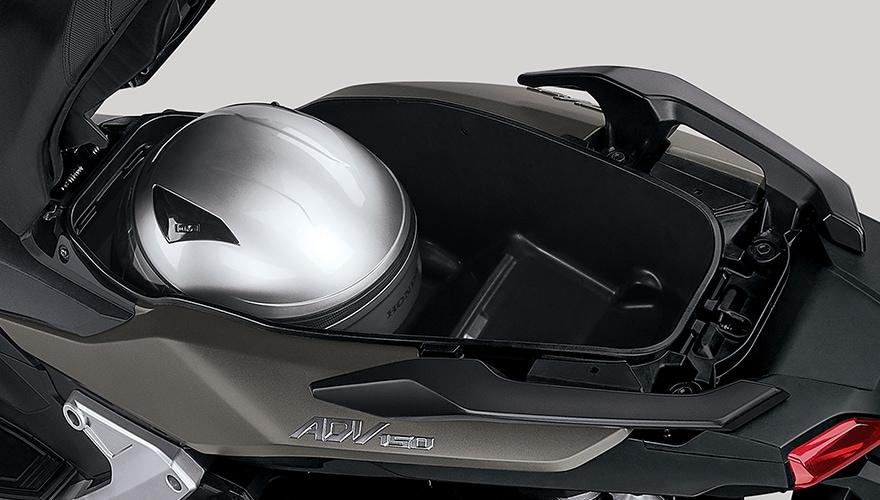 画像2: アドベンチャースタイルの新型軽二輪スクーターがいよいよ国内正規販売へ
