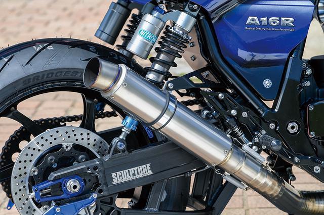 画像: 排気系はナイトロレーシングのA16用ウエルドクラフト3Dチタン。極力エンジン側に寄せるという素性があった。O2センサーも装備する。