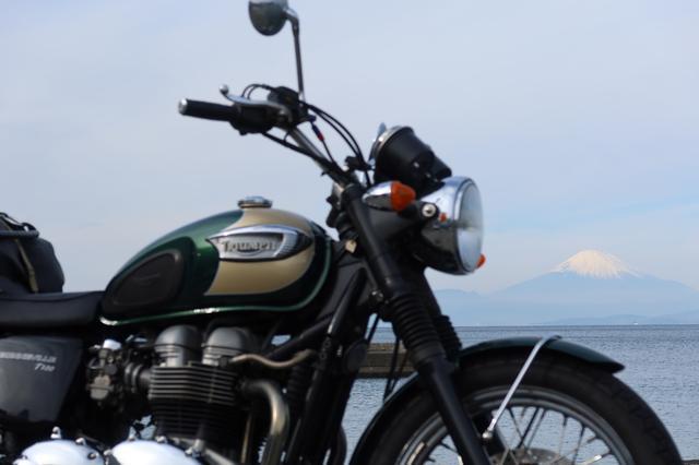 画像: 富士山にピント。 (絞り値:F4/シャッタースピード:1/1600秒/ISO:125)