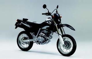 ホンダ XR250・モタード 2006 年 3月