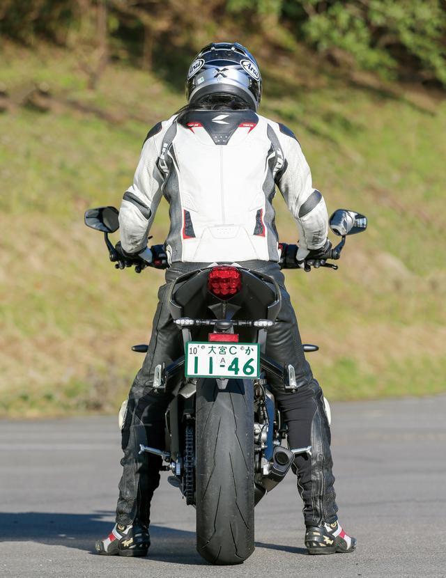 画像2: 【試乗インプレ】トライアンフ「ストリートトリプルRS」/Moto2テクノロジーで走りと装備を磨いた俊足ファイター