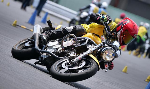 画像1: いまジムカーナで一番人気のバイクとは? じつはホンダのあの250ccだった! - webオートバイ