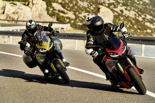 画像: BMWはニューモデル「F900XR」も発表! ツーリングの快適装備が充実した、大きすぎないアドベンチャースポーツバイク【EICMA 2019速報!】 - webオートバイ