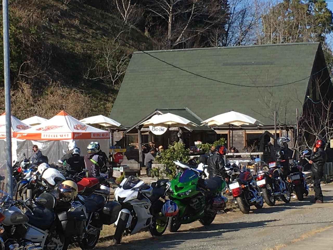 画像: 千葉は夷隅郡・大多喜のライダースカフェ こーやって新年からお客さんたーくさんでした