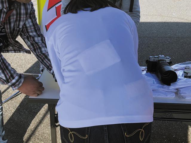 画像3: 冬ツーリングの防寒対策にネックウォーマーは必須?(梅本まどか)【梅日和 第22回】