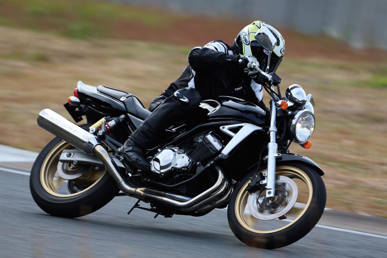 画像2: Kawasaki BALIUS II/ZXR譲りの高回転型エンジンを搭載