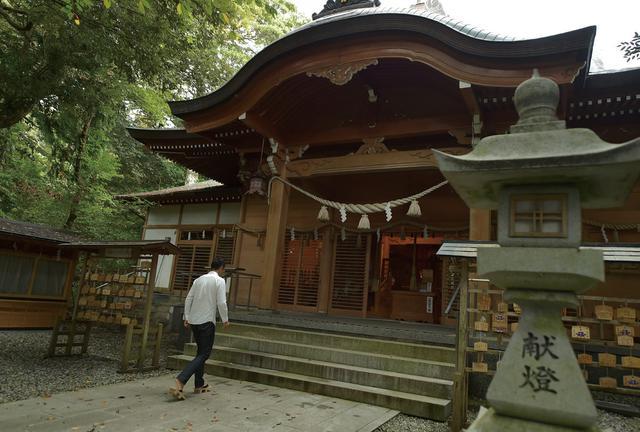 画像: 須須神社 石川県珠洲市三崎町寺家4-2 もともとは、日本海での航海の安全を祈る神でもあったとか。交通安全の神様として祀られている神社の多くは、もともと航海の安全を祈願するためだった所です。バイクで行ける陸の先端。そこに建つこちらで、交通安全を祈願するツーリングはいかがでしょうか。