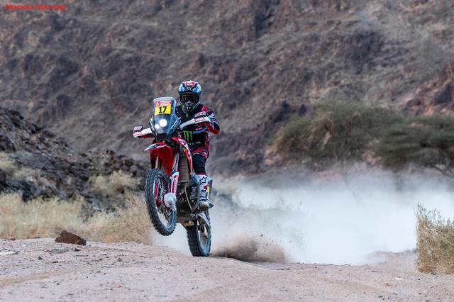 画像: ステージ4で初優勝したホンダワークスチームのホセ・イグナシオ・コルネホ