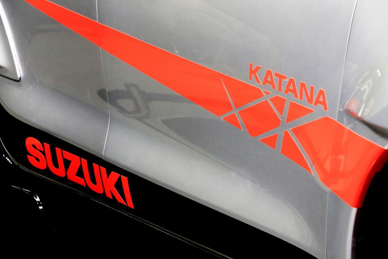 画像: スイフトスポーツ カタナエディションのボディ。