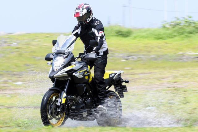 画像1: 雨の中、日帰り300kmの旅で実力を発揮する