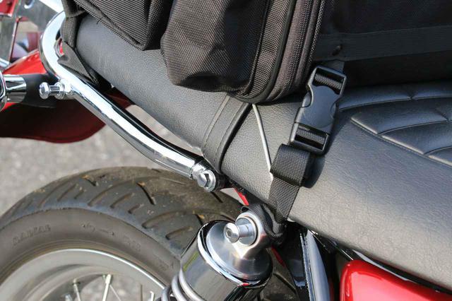 画像2: バイク用バッグの装着はどうか?