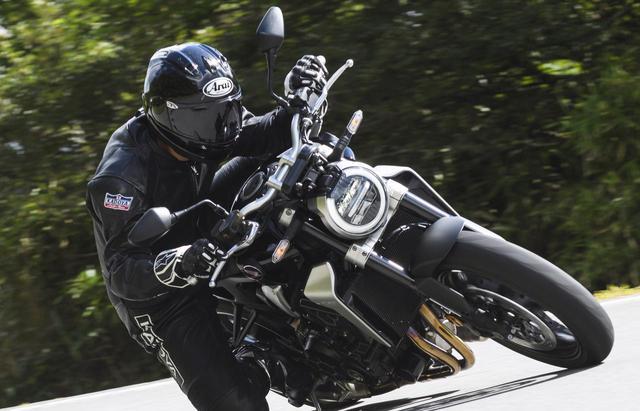 画像: 【試乗インプレ】ホンダ「CB1000R」/新たなる伝説を作る新世代CBのトップモデルを徹底検証! - webオートバイ