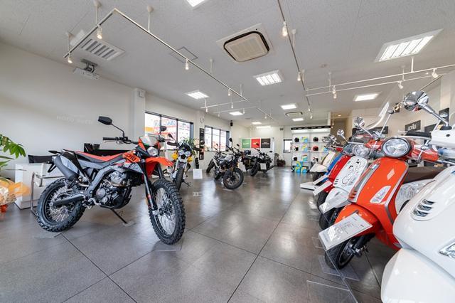 画像1: ベスパ福岡、モト・グッツィ福岡、アプリリア福岡が店舗を拡大してリニューアル