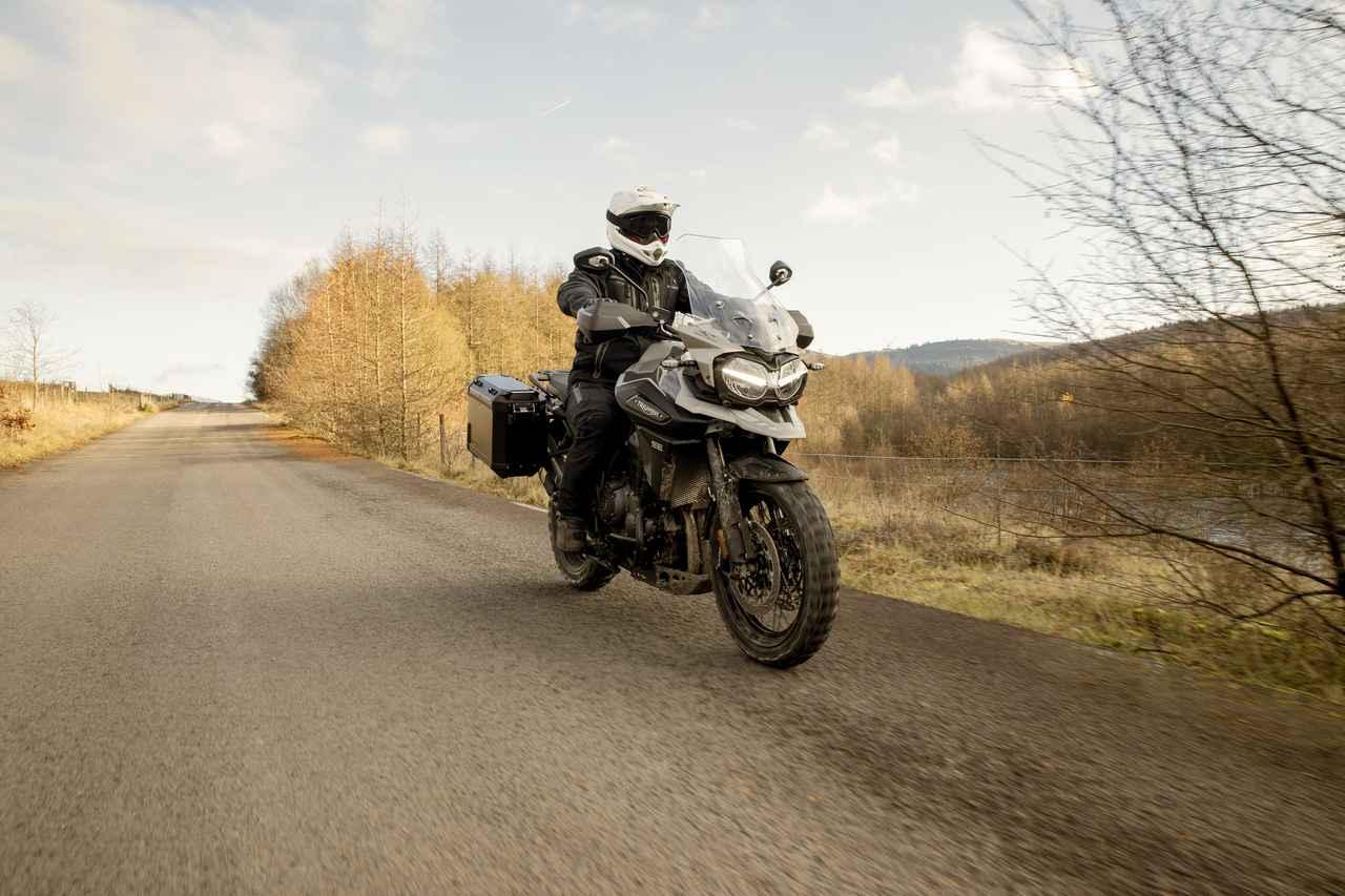 Images : 11番目の画像 - 「Tiger 1200 Desert Special Edition」の写真をもっと見る - webオートバイ
