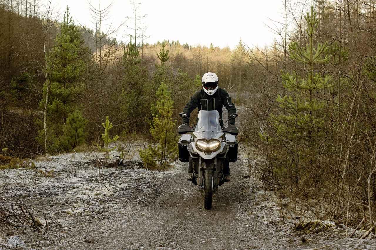 Images : 14番目の画像 - 「Tiger 1200 Desert Special Edition」の写真をもっと見る - webオートバイ