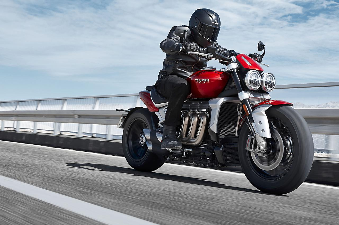 画像: 排気量2500cc! トライアンフ新型「ロケットIII」 - webオートバイ