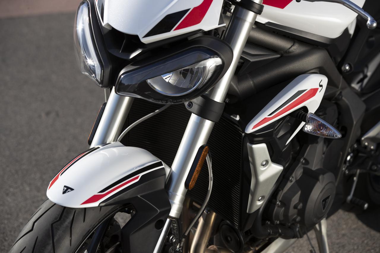 画像: トライアンフから新型「ストリートトリプルS」が登場! - webオートバイ
