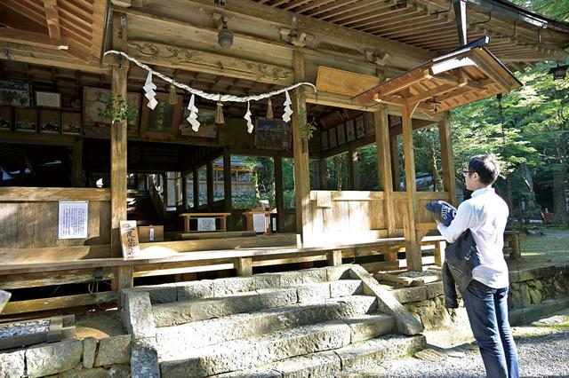 画像: こちらの神社は、岐阜城から北東に位置しています。北東は魔が入ってくる方角と言われ、ちょうどそこに鎮座していたのがココ。信長をはじめ、織田家に厚く保護されました。広い境内はとても静かで、とても心地よかったです。