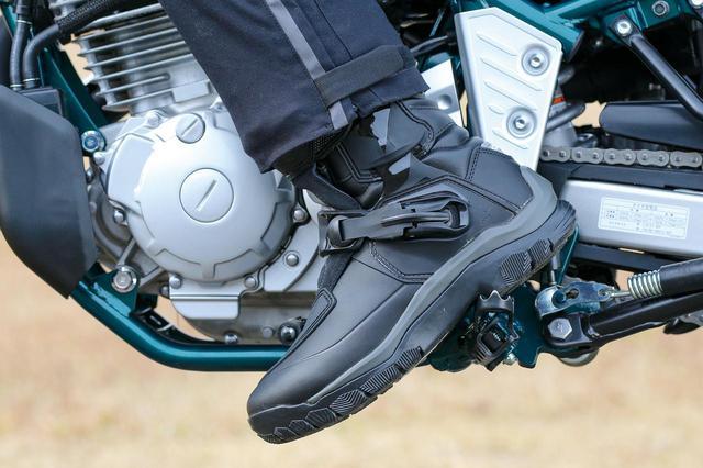 画像: ALPINESTARS「BELIZE DRYSTAR BOOT」(ベリーズ ドライスター ブーツ) 税込価格:6万6308円 [サイズ] 25.5㎝〜31.5㎝ [カラー] ブラック