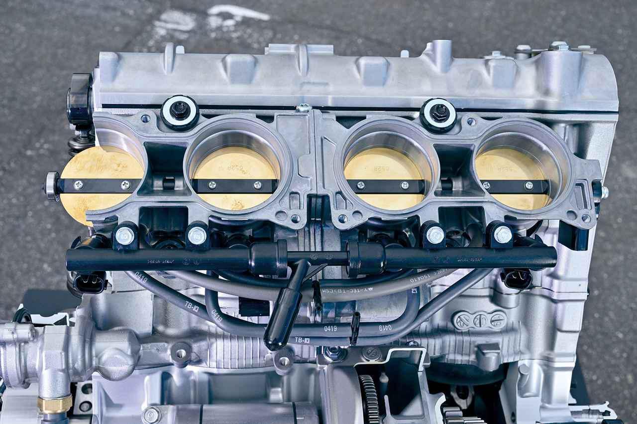 画像: 燃料噴射方式はPGM-DSFI。インテークのファンネルは3、4番が背の高い設定。