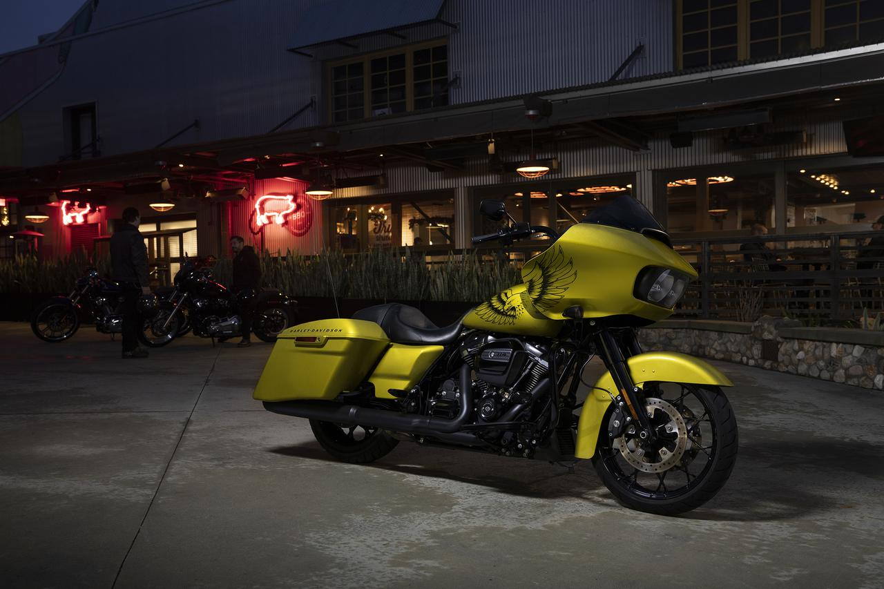 Images : 5番目の画像 - Harley-Davidson ロードグライド スペシャル〈イーグルアイ〉の写真 - webオートバイ